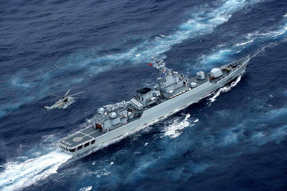 China realiza manobras militares perto das ilhas disputadas com o Vietnã
