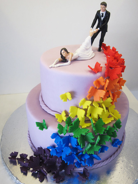 rainbow butterfly wedding cake rainbow butterfly cascade the topper was provided by the 18957