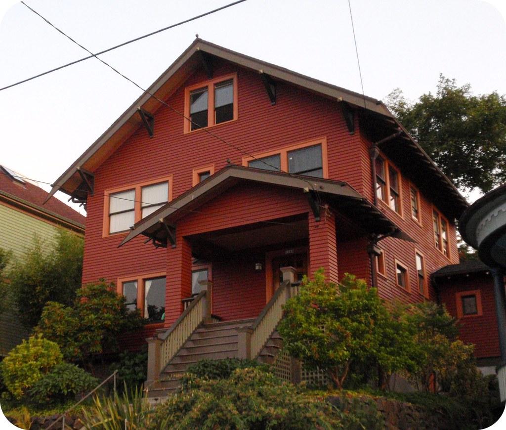 Red Orange Brown Craftsman House Pumpkin House 2 Pic 2