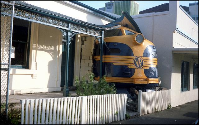 Victorian Railways Train Crash Melbourne 1988 Scanned