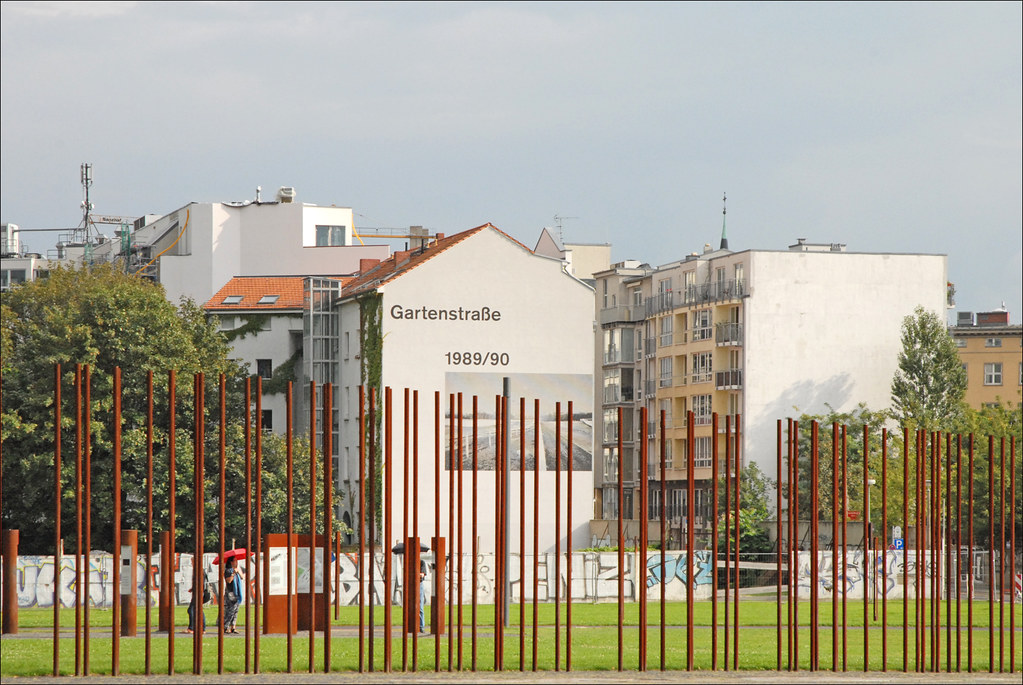 Berlin Wall Memorial - 7 Free Things To Do in Berlin | packmeto.com