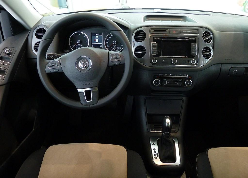 Tiguan 2012 interior brand new volkswagen tiguan 2012 fa flickr - Volkswagen tiguan interior ...