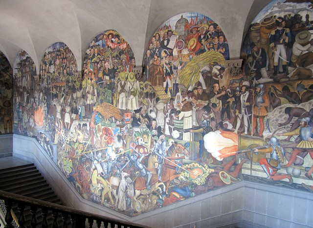 Mural at national palace palacio nacional zocalo for Diego rivera mural palacio nacional