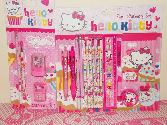 Hello Kitty Toys R Us : Hello kitty spree at toys r us flickr photo sharing