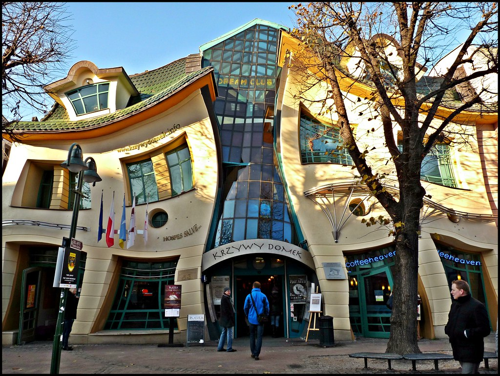Create A Building Map Krzywy Domek In Sopot Do Not Adjust Your Screens