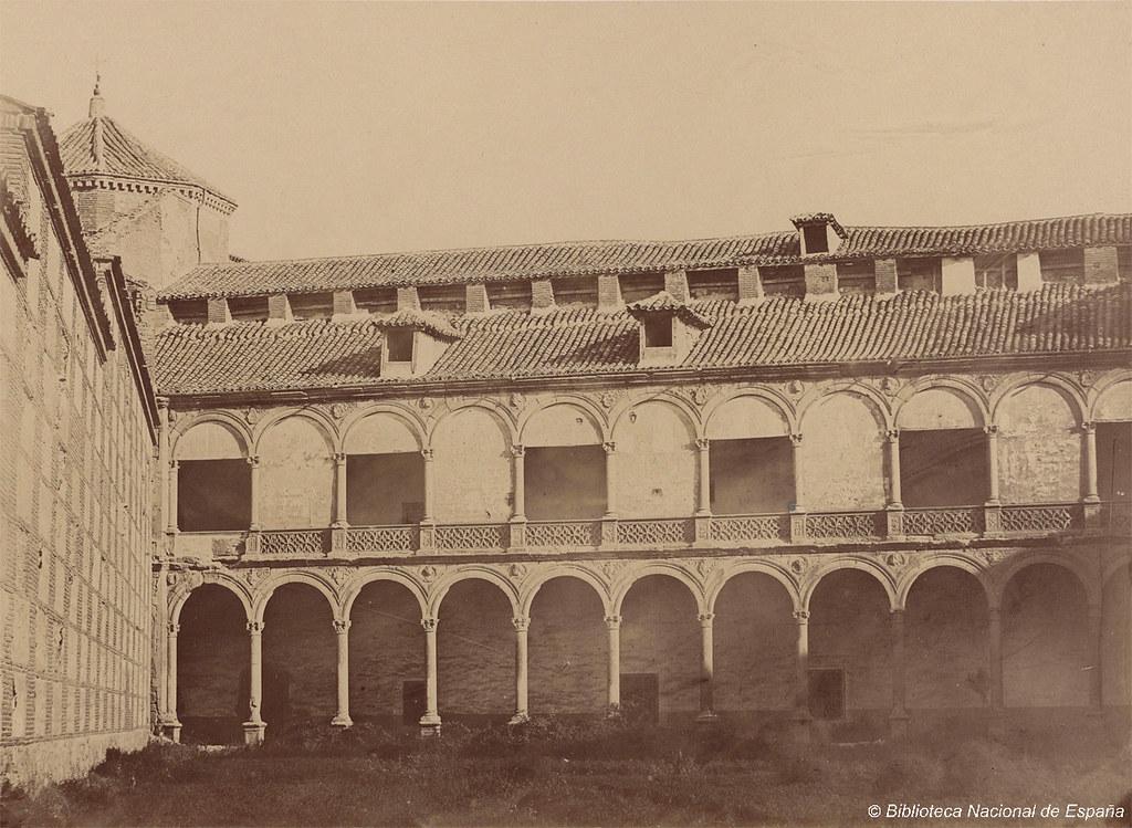 Patio Interior Del Palacio Arzobispal Alcal De Henares Flickr