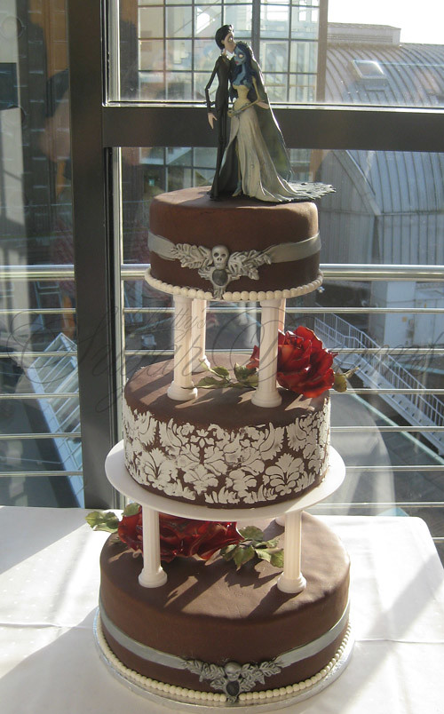 Gothic Wedding After Spending Two Weekends On Cake Exhibit Flickr