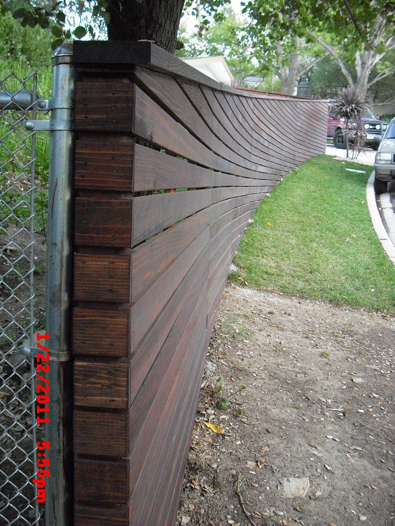 Sloped Top Amp Bottom Curved Horizontal Fence