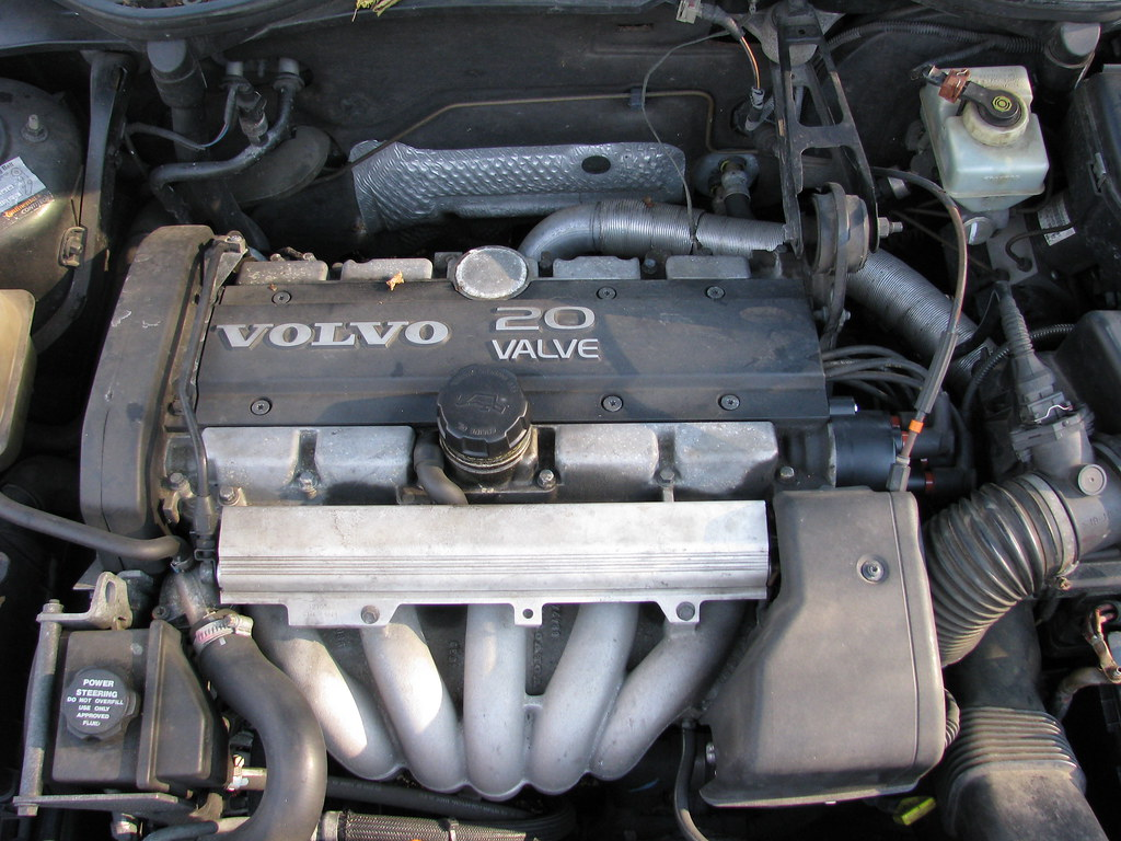 1998 Volvo S70 Base - Sedan 2.4L Manual