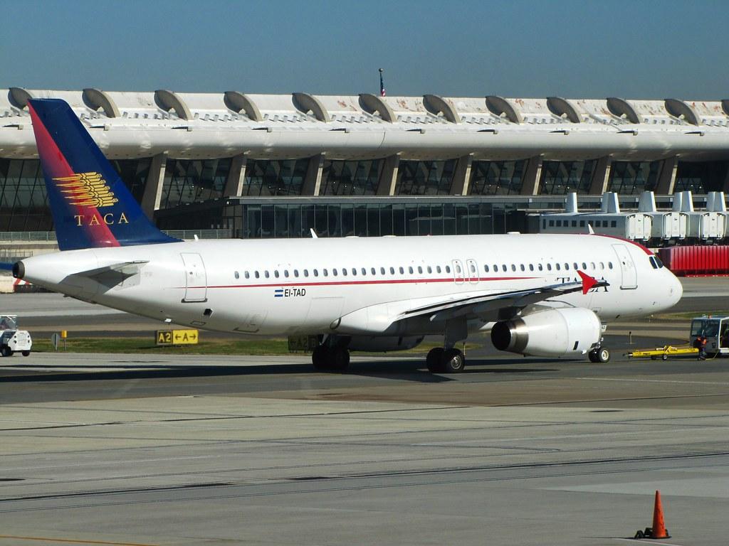 EI-TAD | TACA Airbus A320-200 Washington Dulles ...