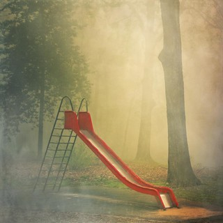 rEd slidE | by Dyrk.Wyst