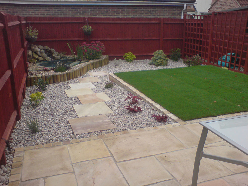 Small back garden and drive a garden designed by www for Small back gardens