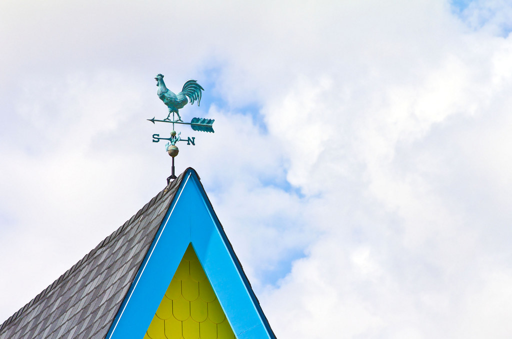 Weathervanes >> Rooster Weather Vane on Disney UP House | Rooster weather va… | Flickr