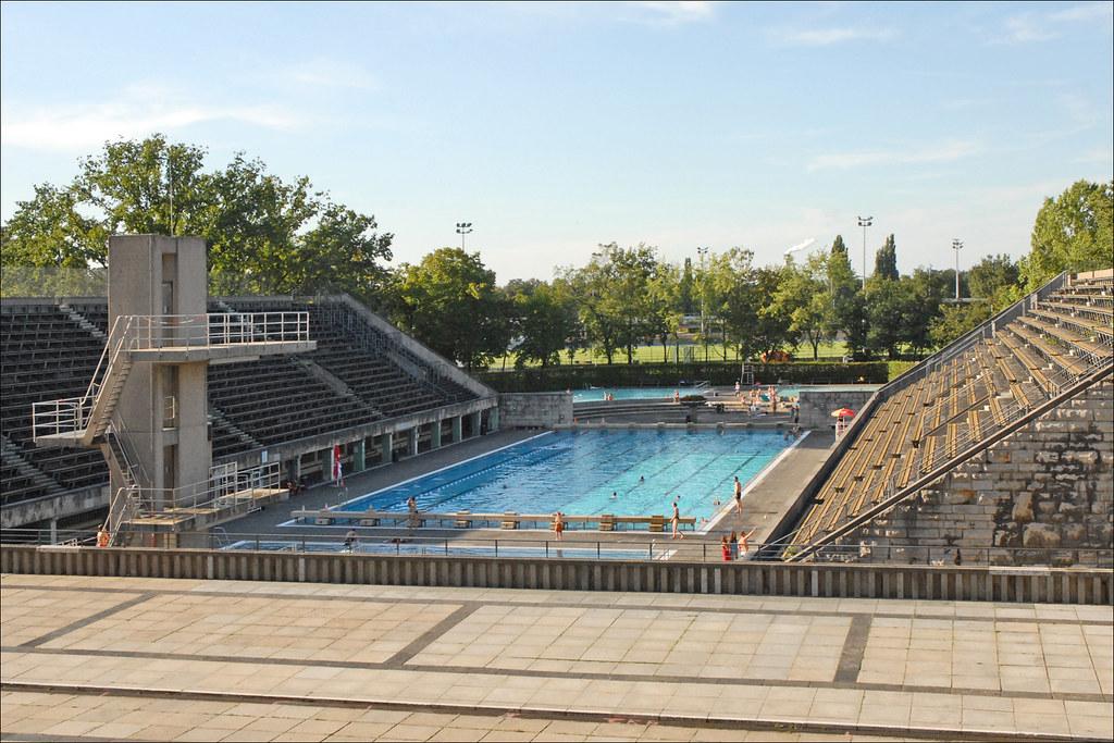 La piscine olympique berlin le for Piscine olympique