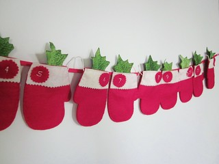 12 Day Santa Mitten Advent | by LookHappyShop
