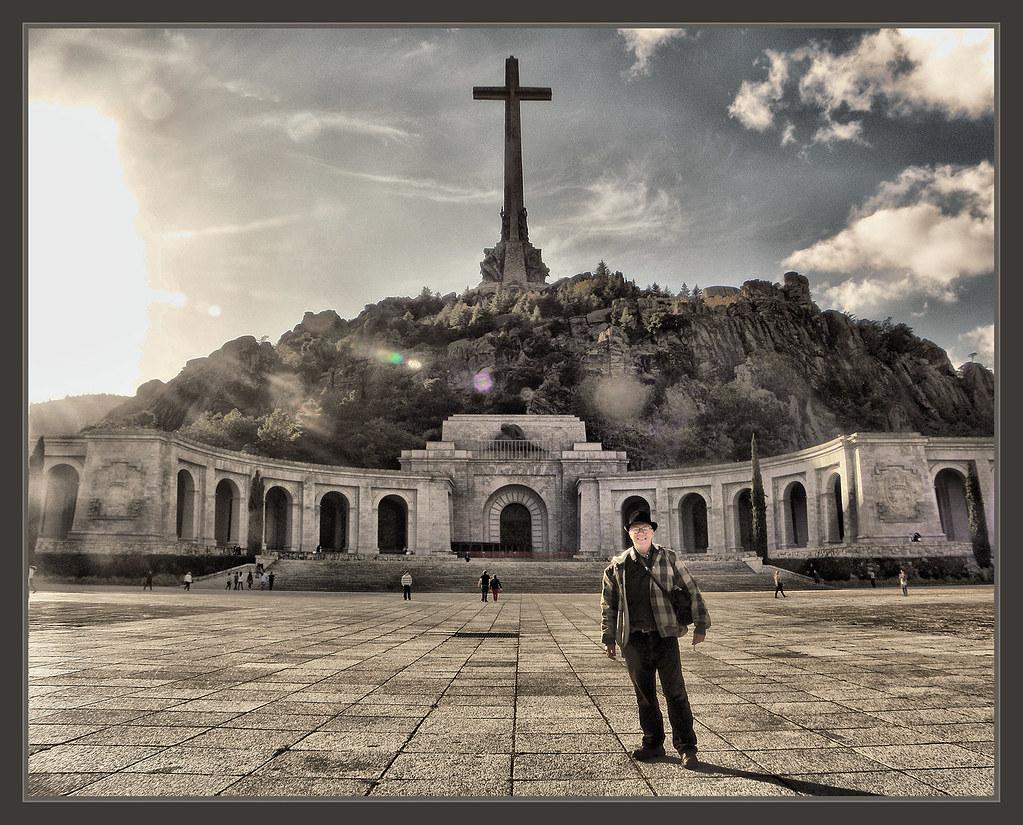 Valle de los caidos viaje fotos madrid ernest descals flickr - Viaje de novios espana ...