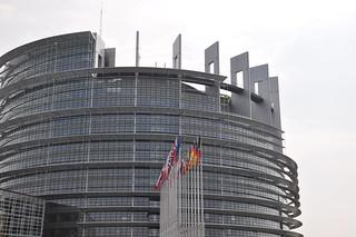 http://hojeconhecemos.blogspot.com/2011/11/do-parlamento-europeu-estrasburgo-franca.html