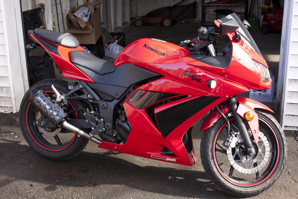 Red 2010 Kawasaki Ninja 250r | Installed the Carbon Fiber Tw… | Flickr