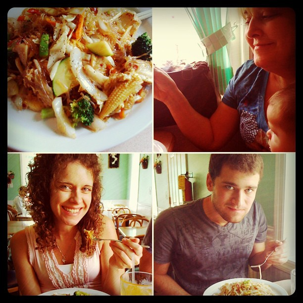 I Took My Family To My Favorite Restaurant To Try Thai Foo