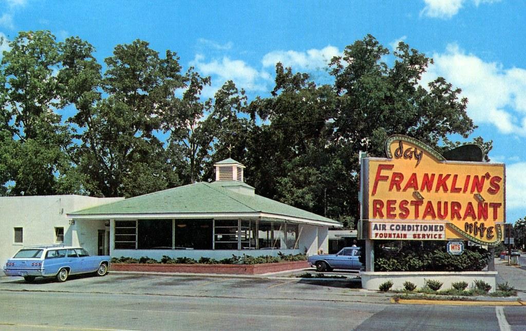 Franklins Restaurant Statesboro Georgia At Intersectio Flickr