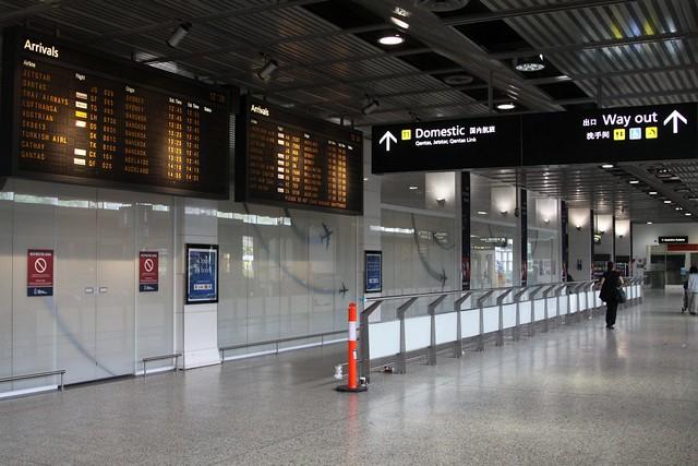 Gigi Hadid Airport Style | Style Love | Gigi hadid style ...