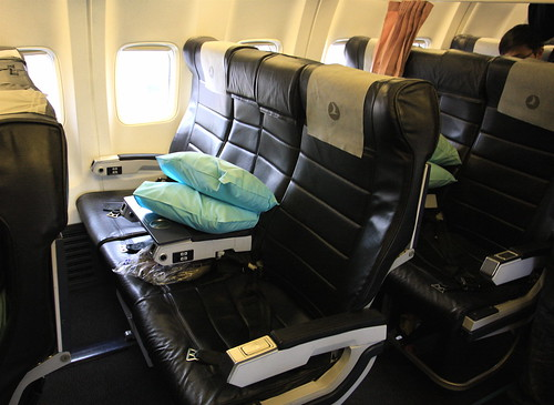 how to get upgraded to business class free