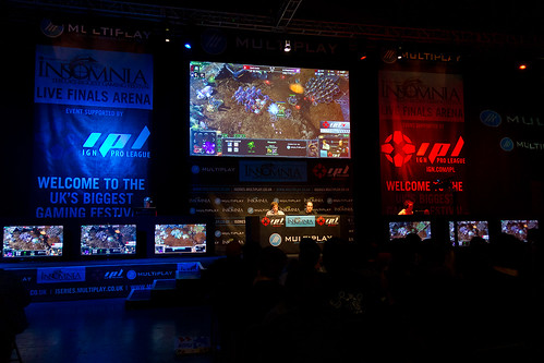i44 - Sunday Stage Starcraft | by multiplay