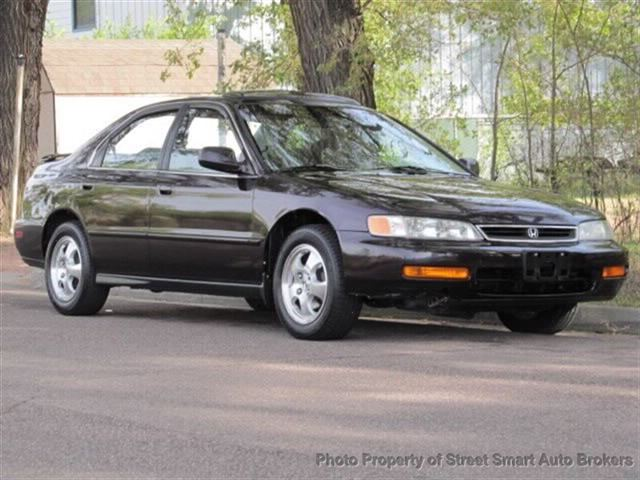... Used 1997 Honda Accord SE Sedan For Sale   Street Smart Auto Brokers    Colorado Springs