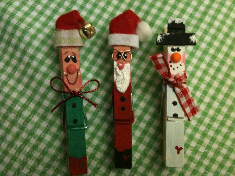 Christmas clothespin magnets ........ Elf, Santa and Snowm ...
