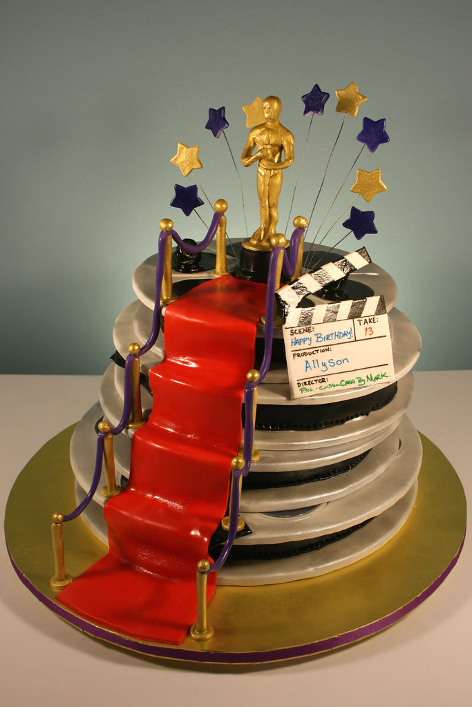 Cake Art Hollywood : Hollywood Oscar Themed 13th Birthday cake. Decorated in ...