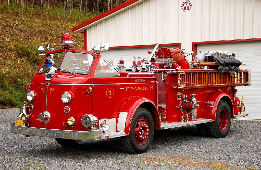 New Trucks For Sale >> 1954 American LaFrance 700 Series Engine | 1954 American LaF… | Flickr