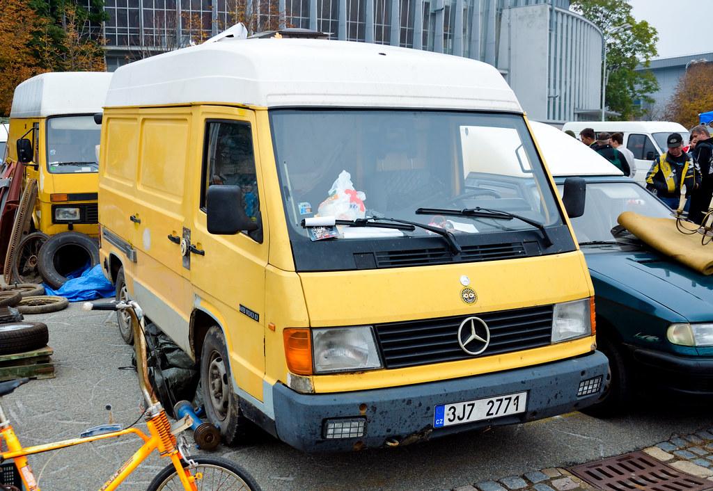 Mercedes benz mb100d the mercedes benz mb100 was a van for Mercedes benz mb100d