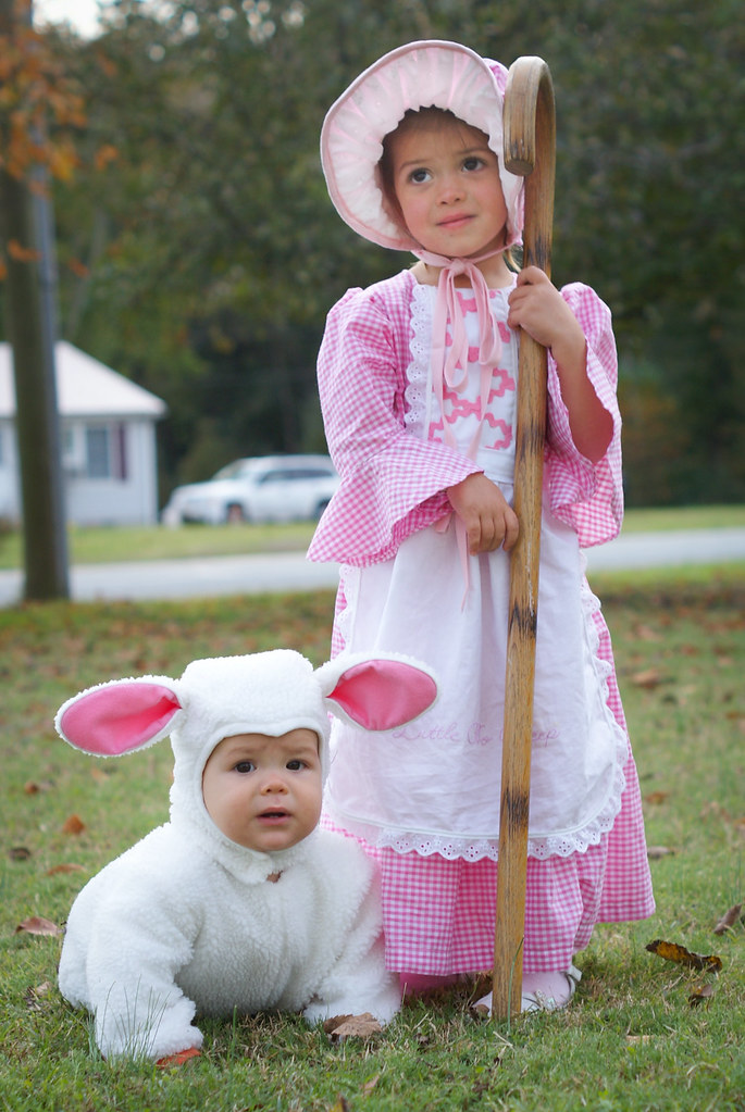 ... Little Bo Peep and her sheep | by Me_and_Madeline  sc 1 st  Flickr & Little Bo Peep and her sheep | Blogged costume details here:u2026 | Flickr