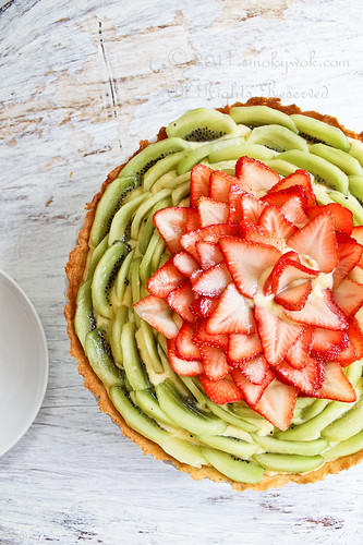 Strawberry and Kiwi Fruit Tart (with Pastry Cream) 法式草莓奇异果挞 | by Smoky Wok (Jasmine)