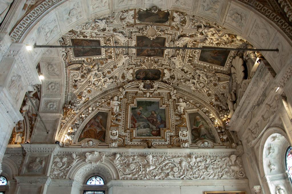Santuario della madonna di tirano interno volte e soffit for Interno help