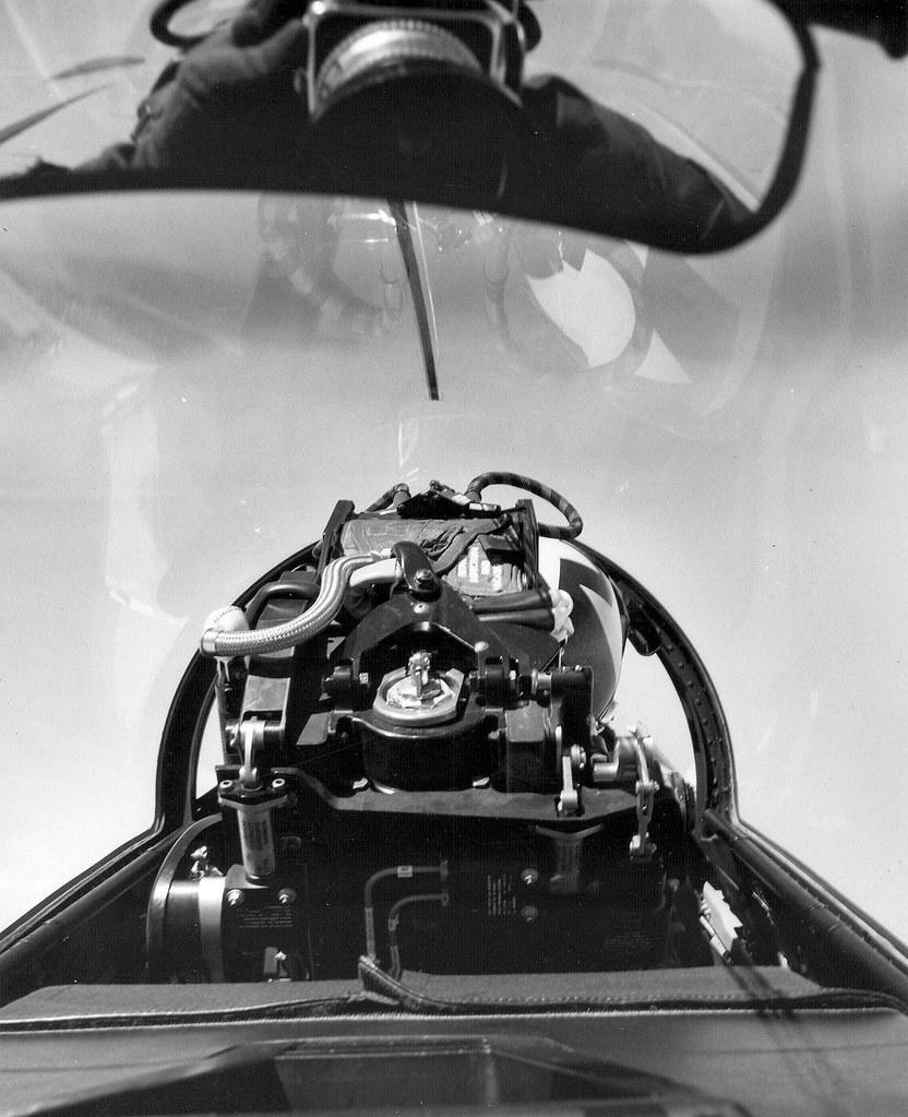 Grumman F14 Tomcat  Last Official Flight  worth seeing