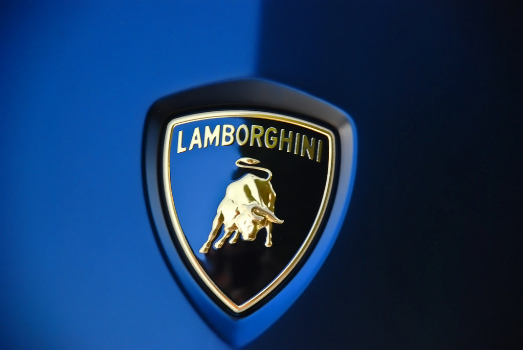 Lamborghini Logo On Car Michael Gibson Flickr