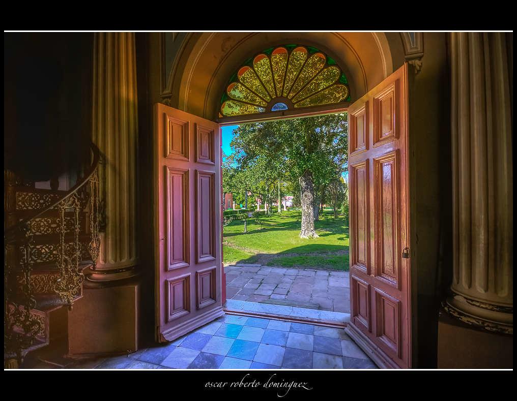puertas abiertas de la capilla oscar roberto dominguez