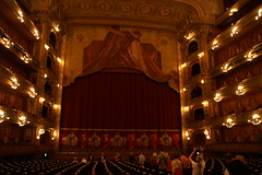 Watch Theatre at The Teatro Colon - Things to do in Buenos Aires