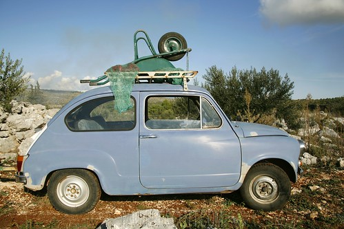 little car little blue car with wheel barrow on roof paul prescott flickr. Black Bedroom Furniture Sets. Home Design Ideas