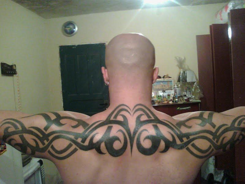 Extremamente tatuagem tribal nas costas | Dreiker Tattoo | Dreiker Tattoo | Flickr HL65