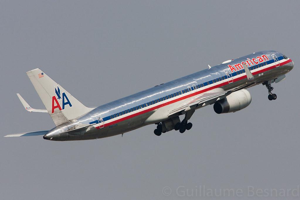 Boeing 757-200/W American Airlines N187AN cn 32381/965 ...