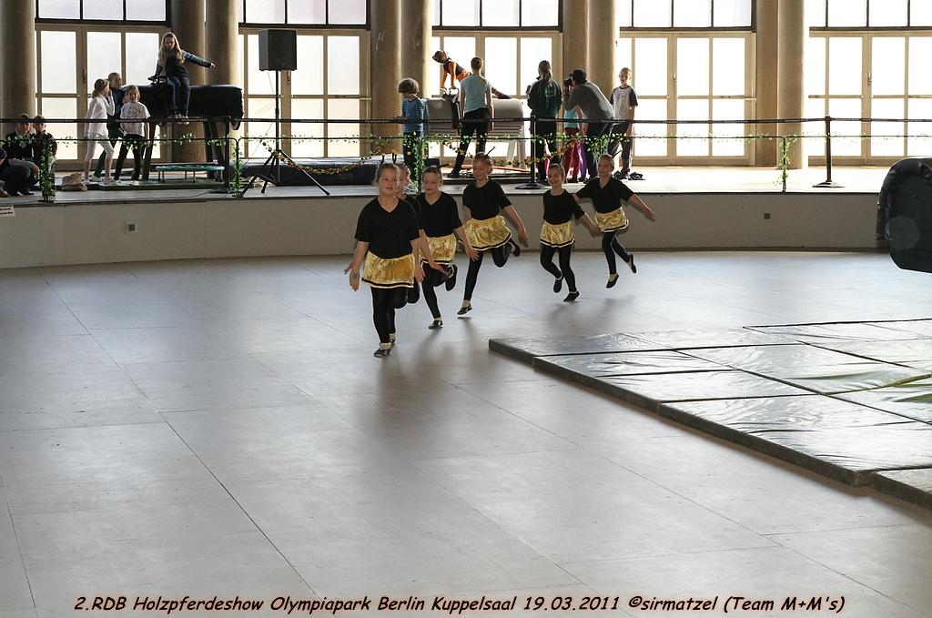 9Gruppe Auf Der 2RDB Holzpferdeshow Vom 19032011