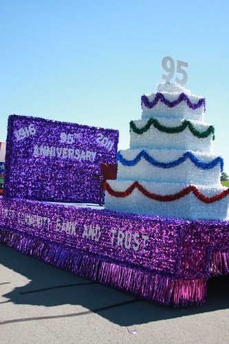 95th Anniversary Cake Float | by First Community Bank and Trust