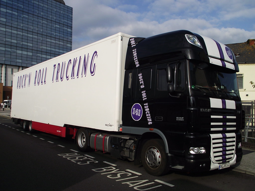 Bob Dylan 'Never Ending' Tour 2011 ROCK'N ROLL TRUCKING To… | Flickr
