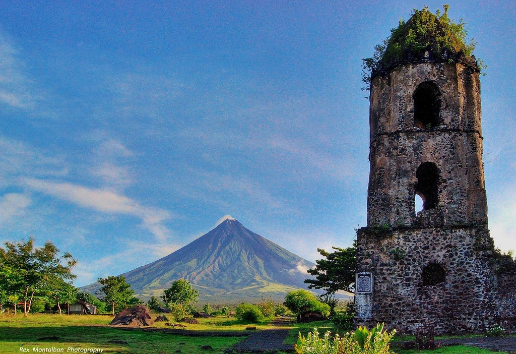 Philippines Now For Sale On Getty Images Mayon Volcano T Flickr