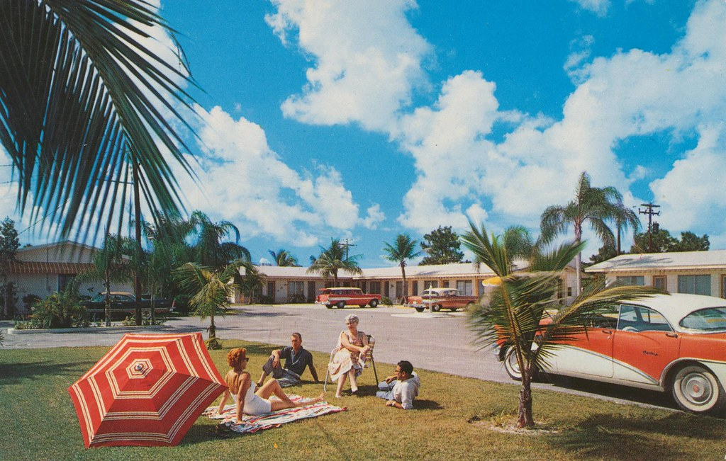 Dolphin Motel - St. Petersburg, Florida