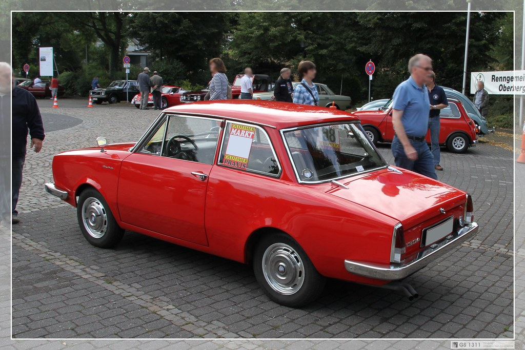 1965 glas 1304 ts 03 glas were known for small cars. Black Bedroom Furniture Sets. Home Design Ideas