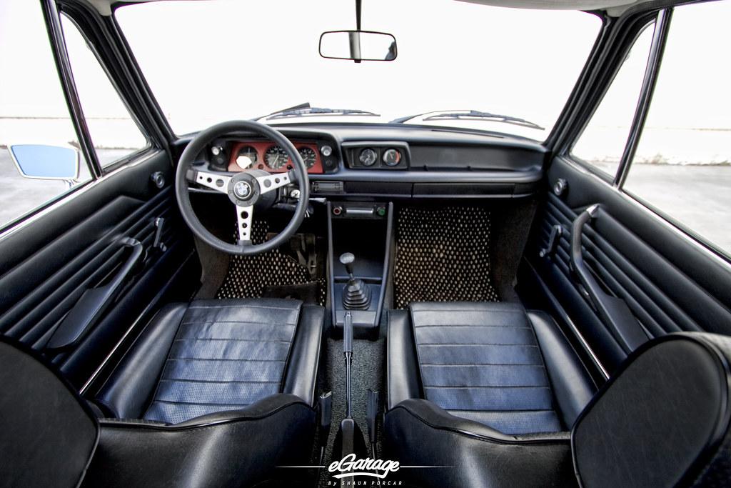 ... BMW 2002 Turbo Interior | By EGarage.com Great Ideas