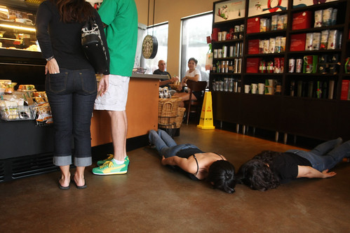 FDT: another Starbucks, another facedown | by ~ cynthiak ~
